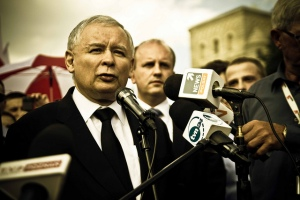 Leader of the Law and Justice Party, Jaroslaw Kaczynski, addresses reporters.